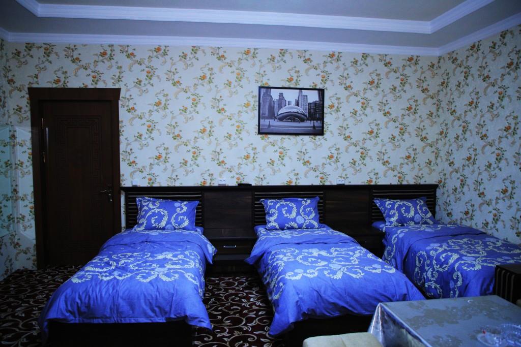 Room 1728 image 15739