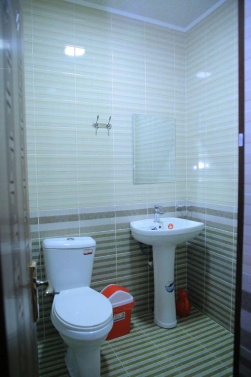 Room 1727 image 15746