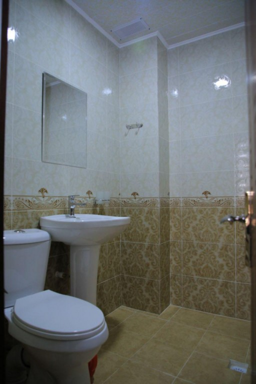 Room 1727 image 15749