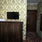 Room 1727 image 15777 thumb