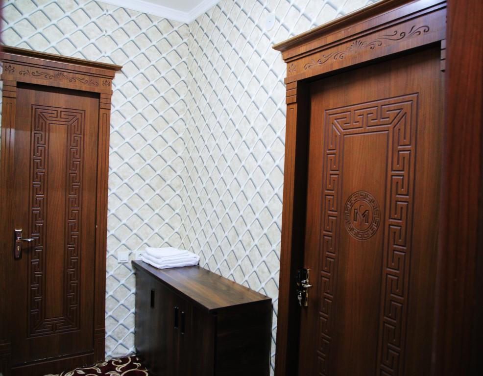 Room 1728 image 15782