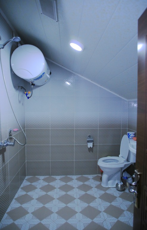 Room 1727 image 15783