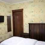 Room 1727 image 15784 thumb