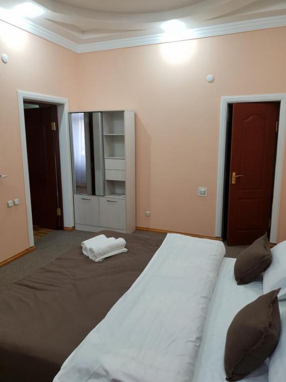 Room 1745 image 25322