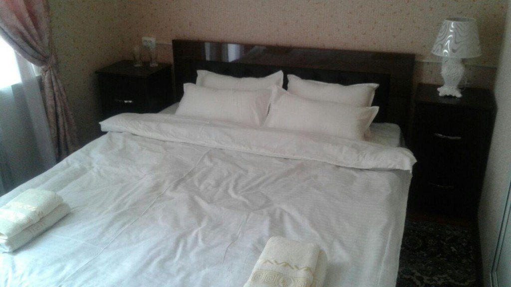 Room 1780 image 16015