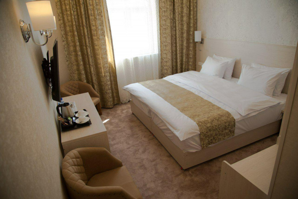 Room 1830 image 16594