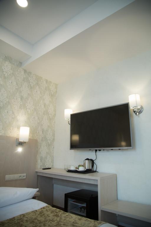 Room 1833 image 37325