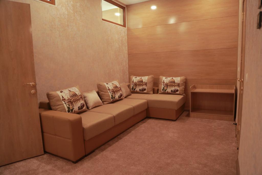 Room 1836 image 37330