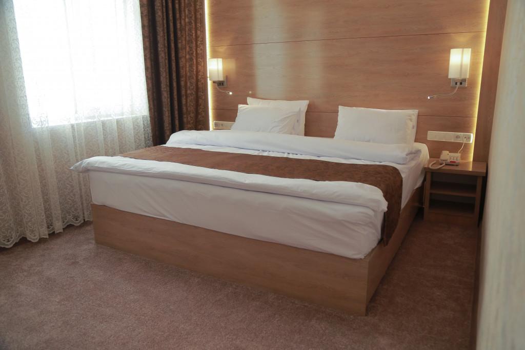 Room 1836 image 37331