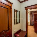 Room 2033 image 28232 thumb