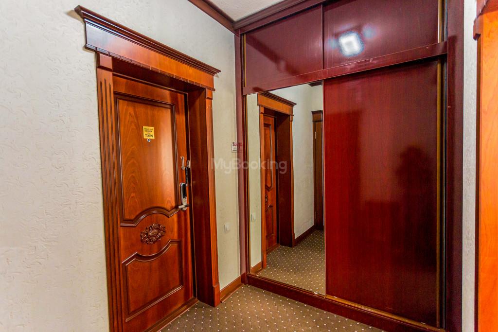 Room 2033 image 28245
