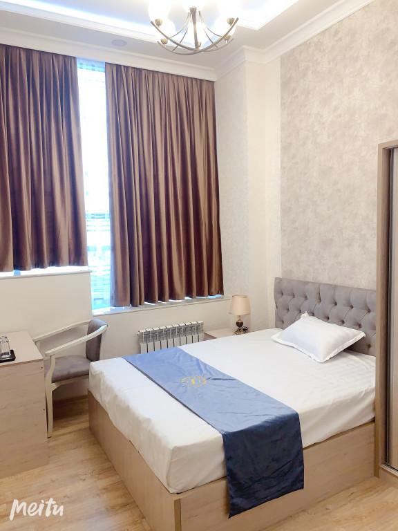 Room 2041 image 33149