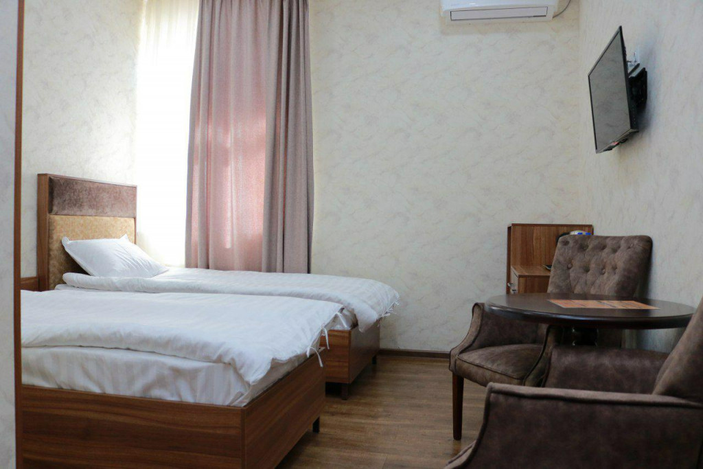 Room 2156 image 18314
