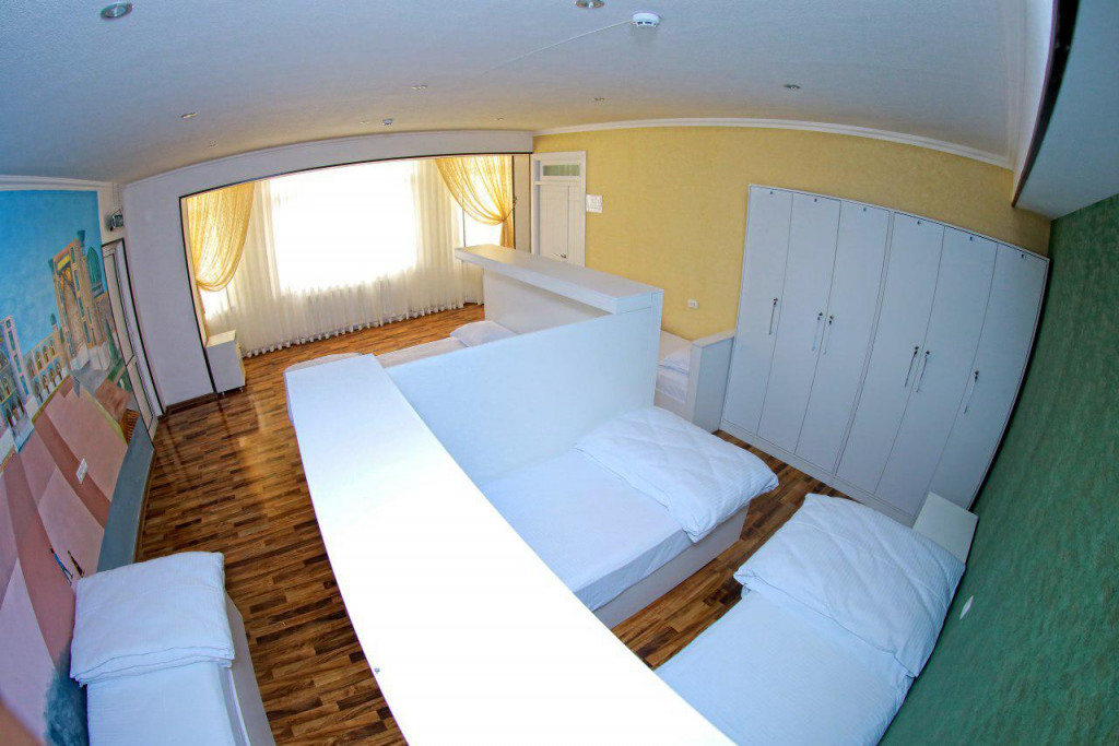 Room 2184 image 18826
