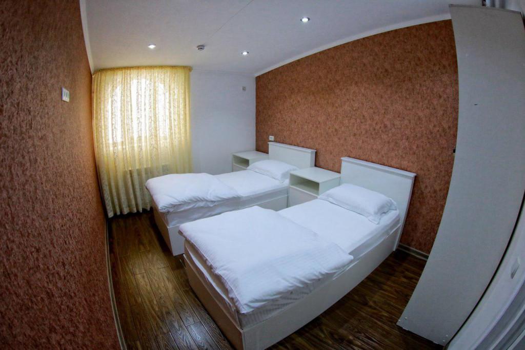 Room 2182 image 18855