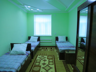 "Hostel ""Manzarahoi Sentob"" - Image"