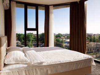Friday Hotel - Image