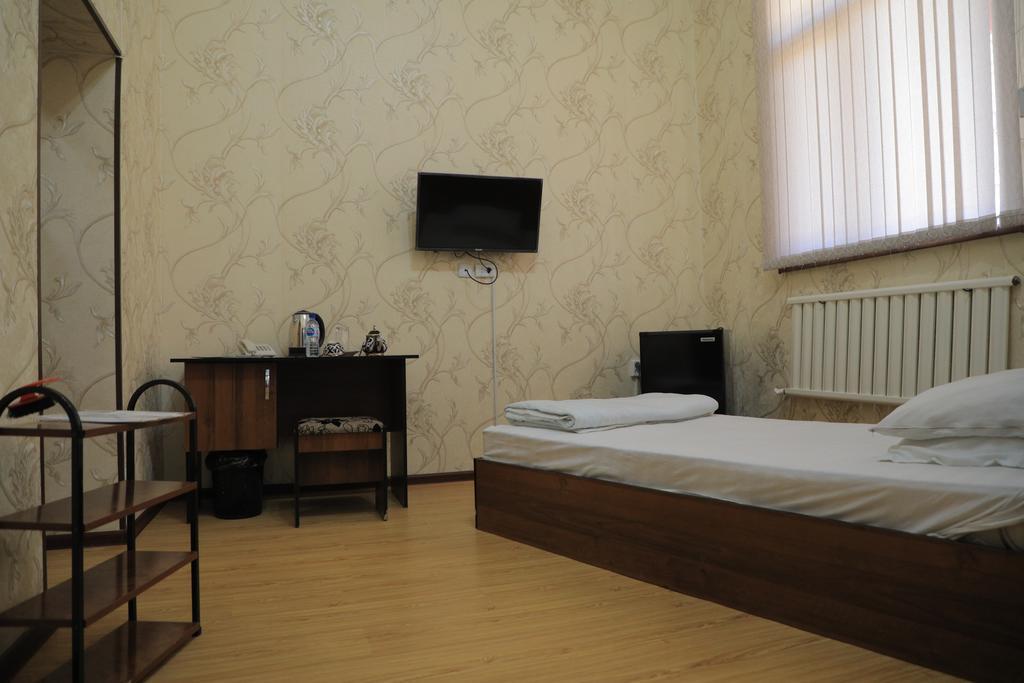 Room 2225 image 31228