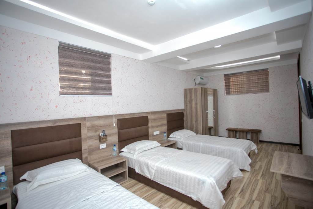 Room 2244 image 18963