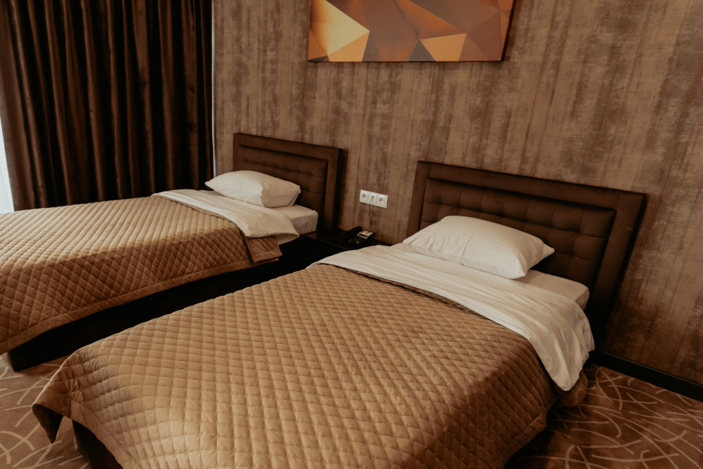 Room 548 image 34143