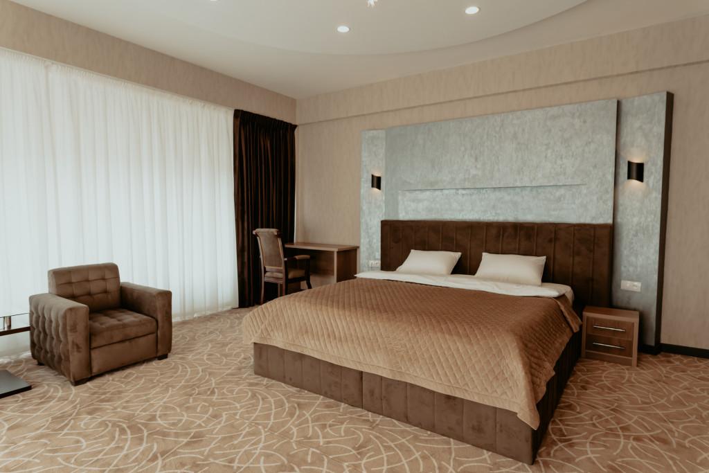 Room 3614 image 34178