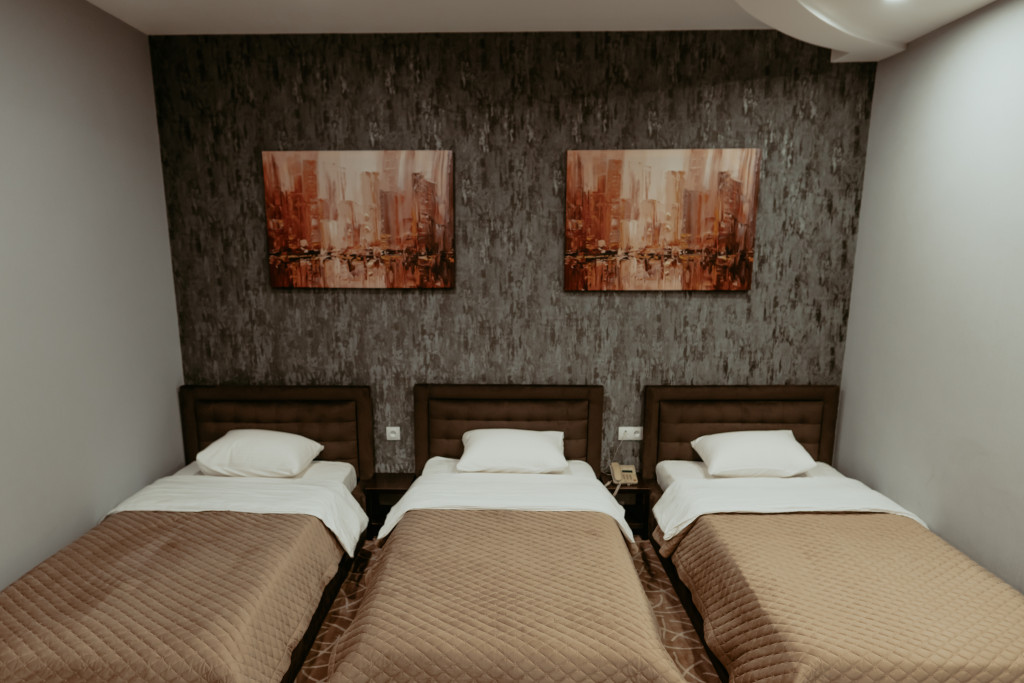 Room 549 image 34226