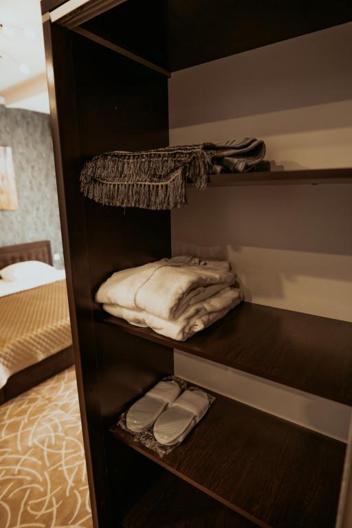 Room 3613 image 34233