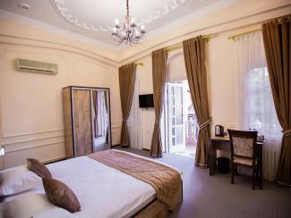 Art House Hotel - Image