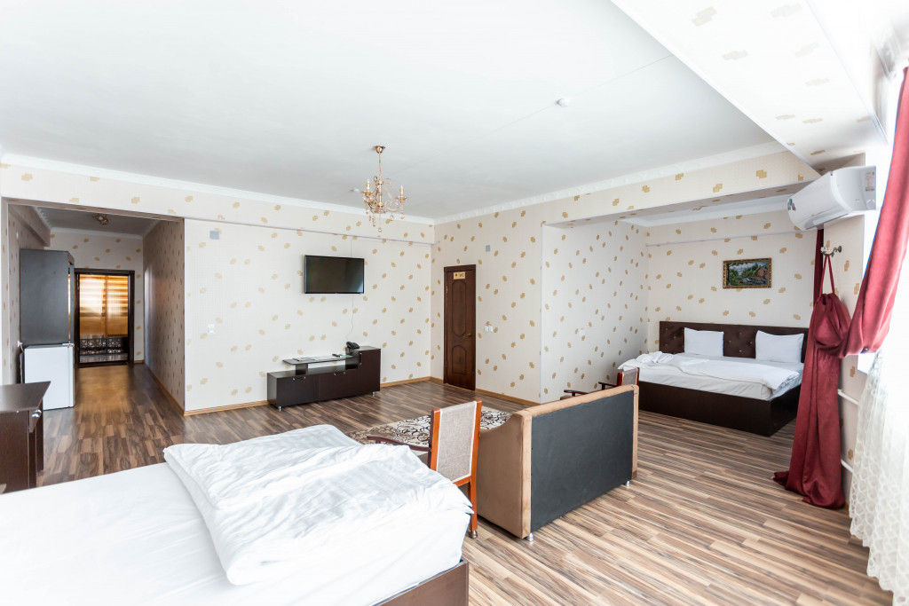 Room 4387 image 42532