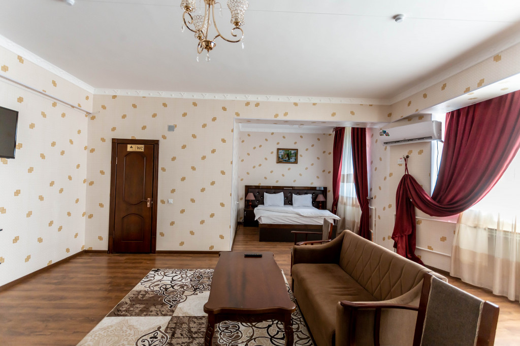 Room 4387 image 42537