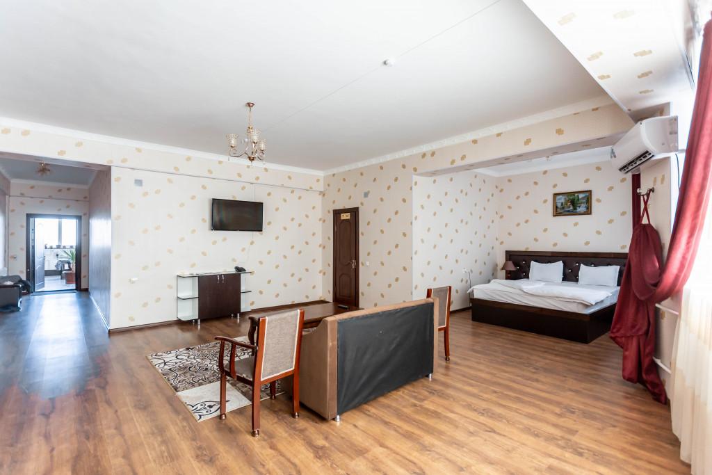 Room 4387 image 42538