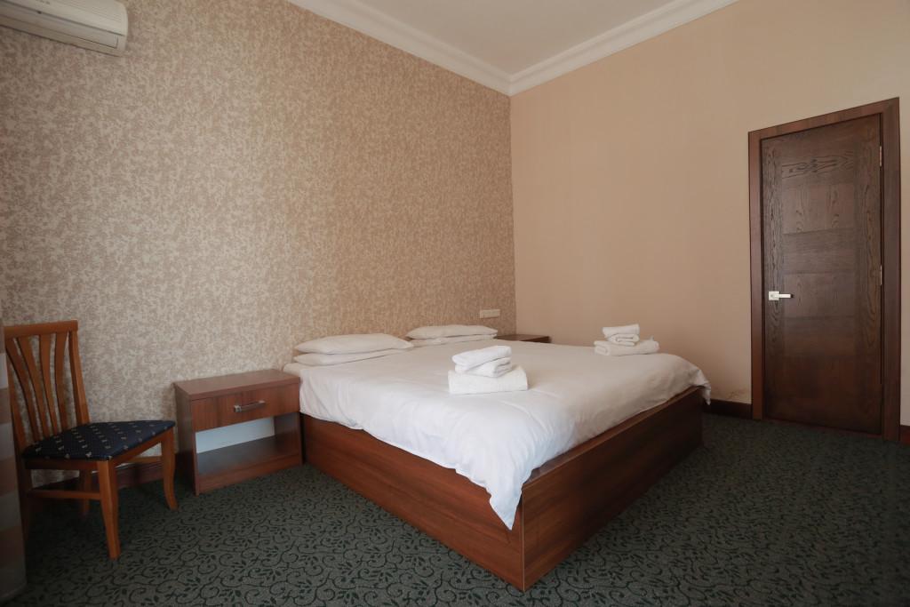Room 2434 image 21223