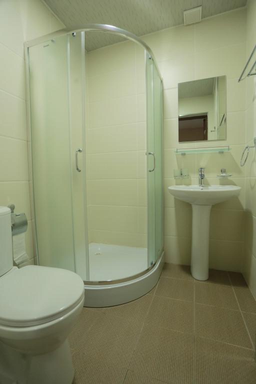 Room 2433 image 21224