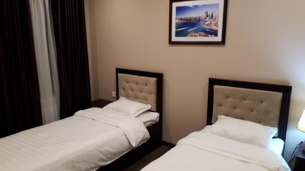 Room 2524 image 21181