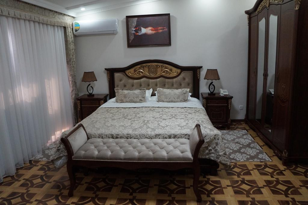 Room 2539 image 31871
