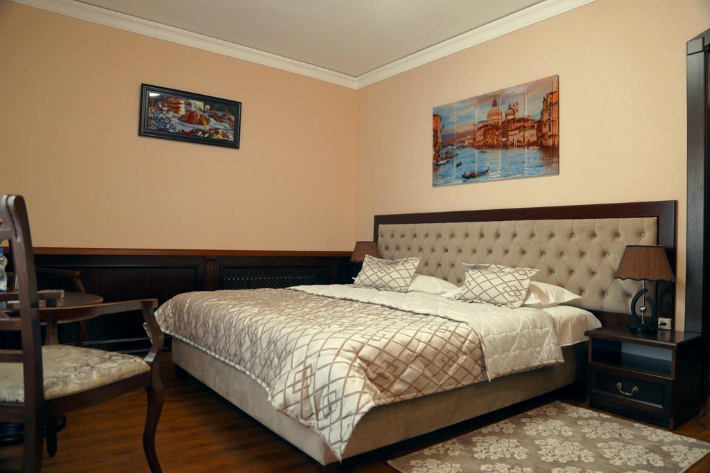 Room 2537 image 31884