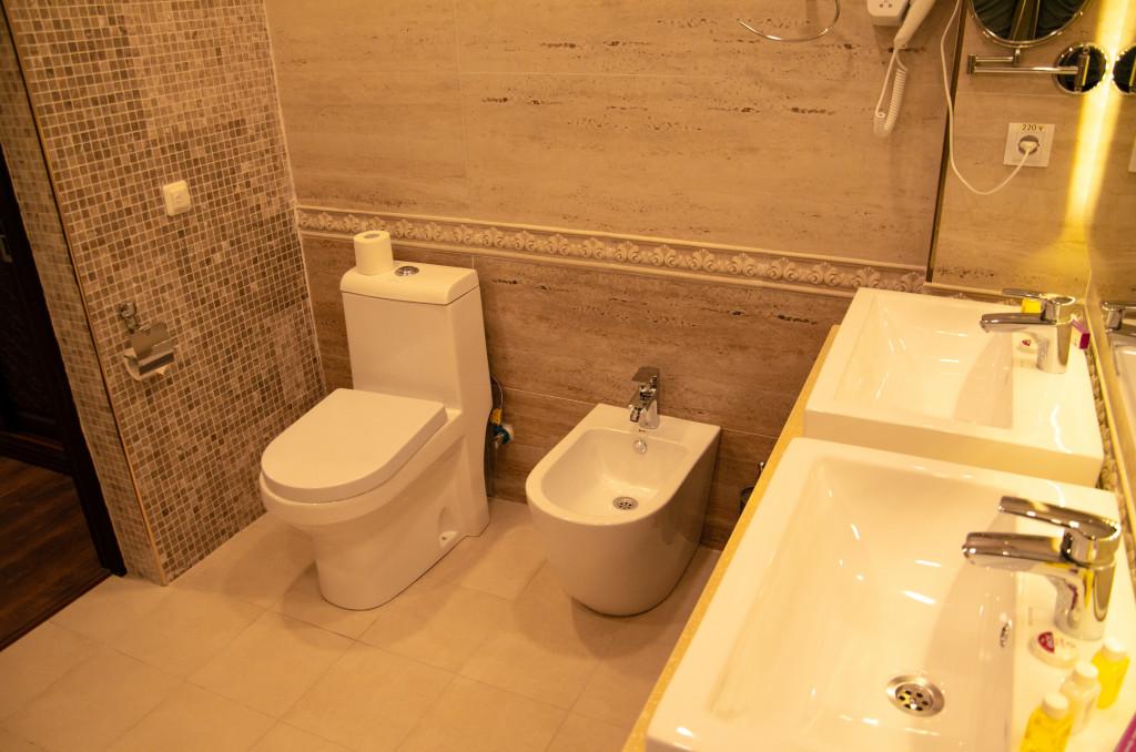 Room 2595 image 21851
