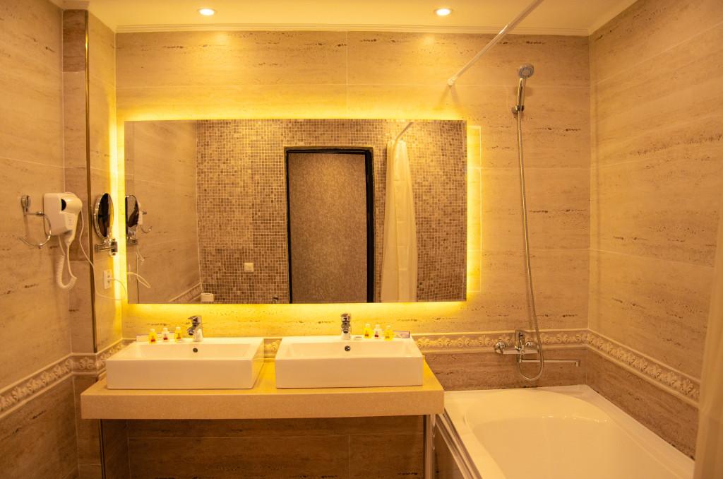 Room 2596 image 21853