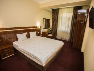 Hotel Grand Capital - Image