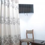Room 2727 image 36684 thumb