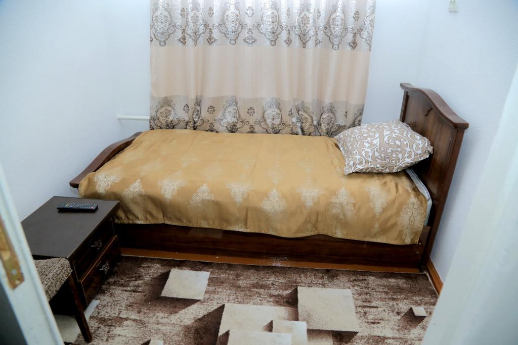 Room 2727 image 36695