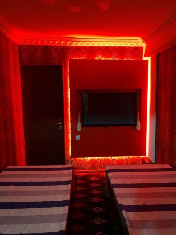 Room 1714 image 15663