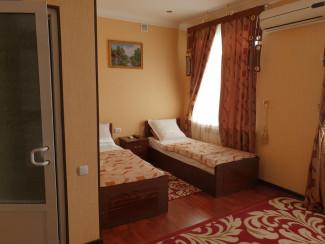 Marvarid Hotel - Image