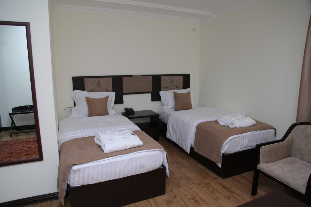 Room 2546 image 21121