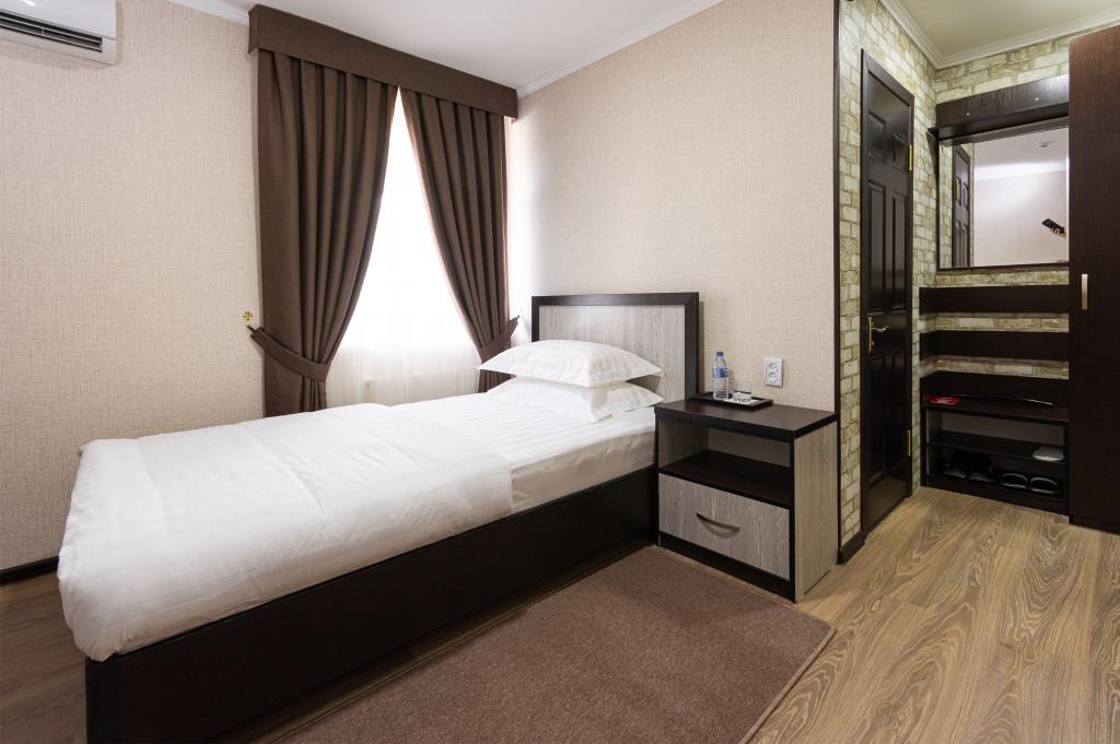 Room 2684 image 22543
