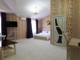 Alexander Hotel - Image