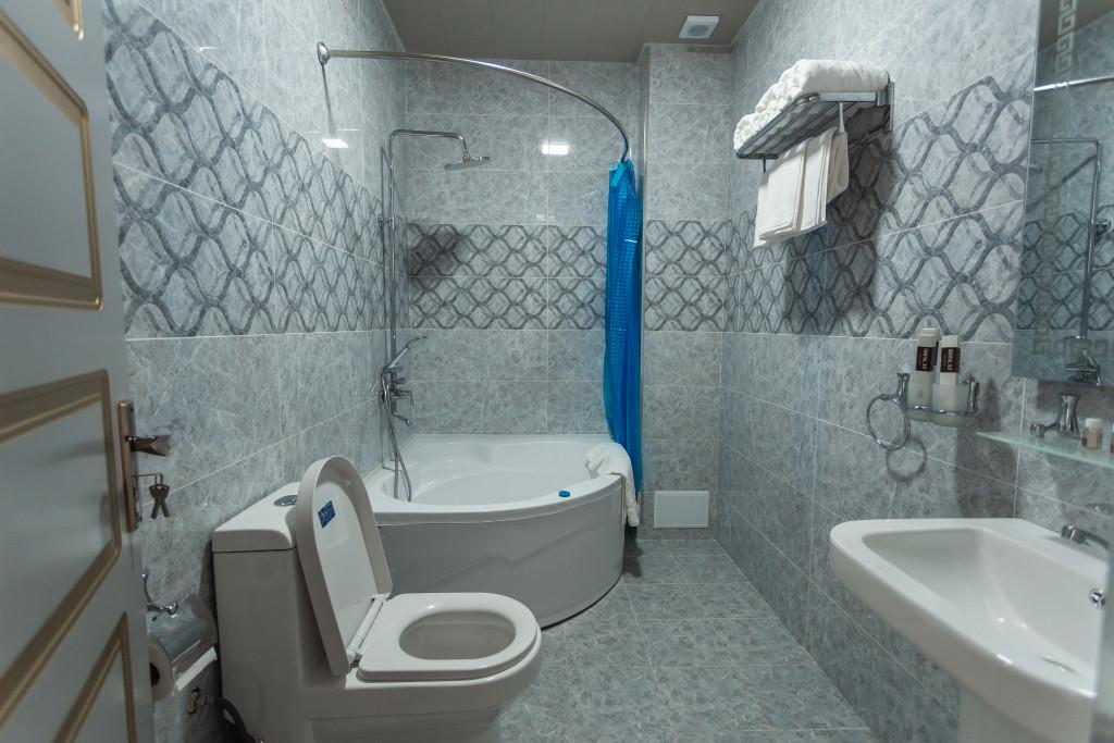 Room 2820 image 23688