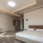 Room 2824 image 23695 thumb