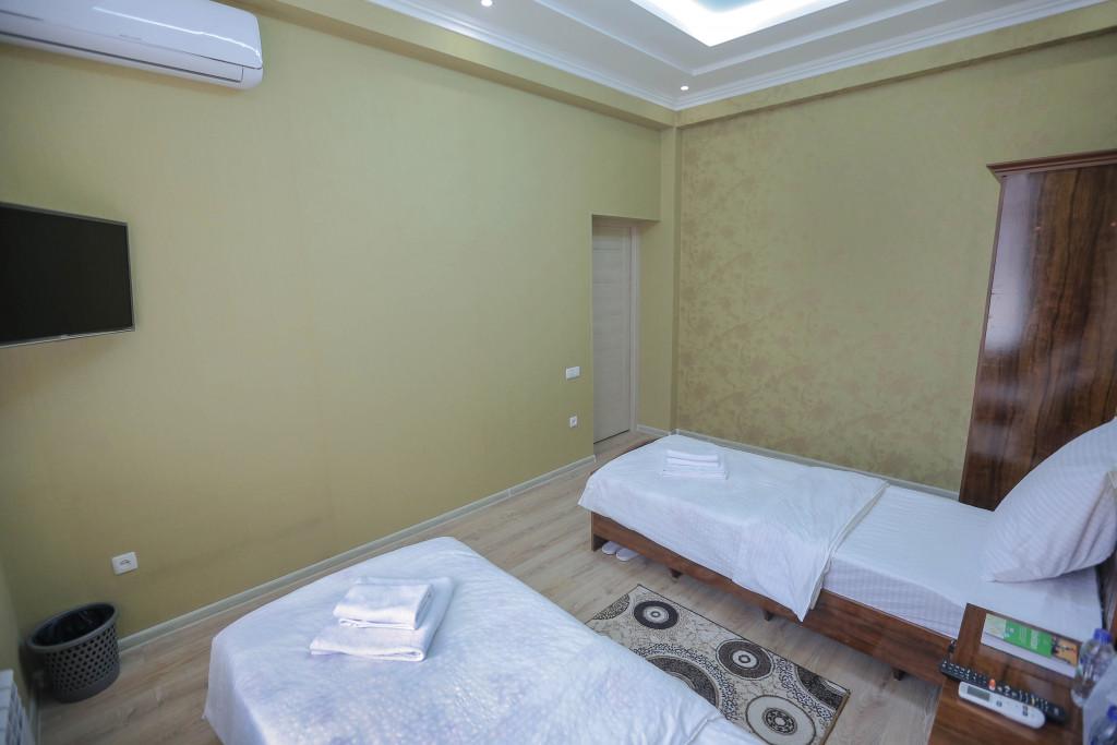 Room 3138 image 28686