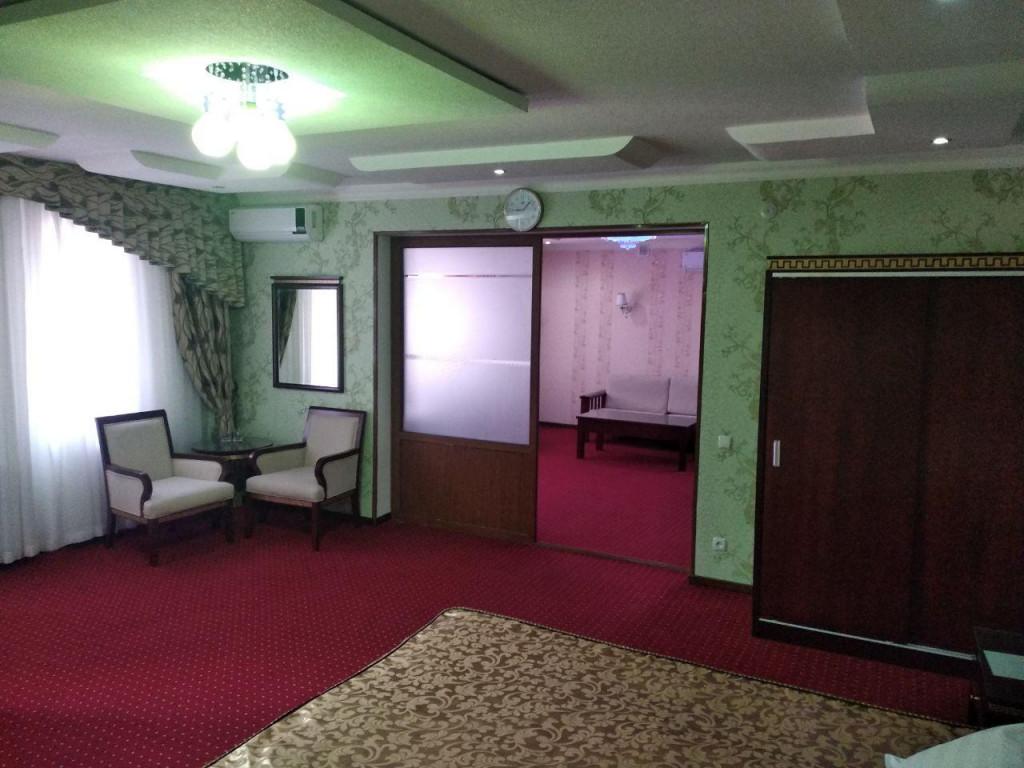 Room 3382 image 30680